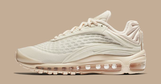 buy popular 0bdb8 77c3a WMNS Nike Air Max Deluxe  Guava Ice
