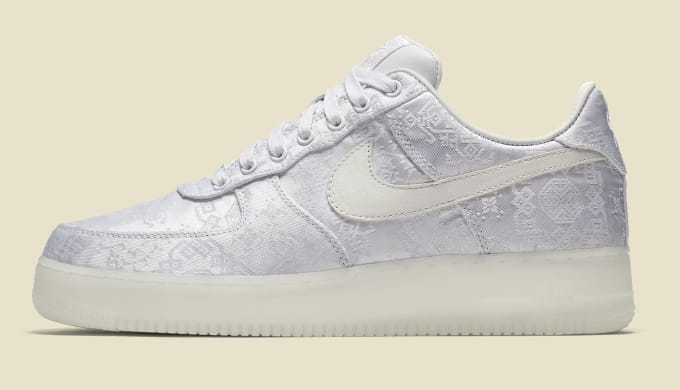 CLOT x Nike Air Force 1 AO9286-100 (Lateral)
