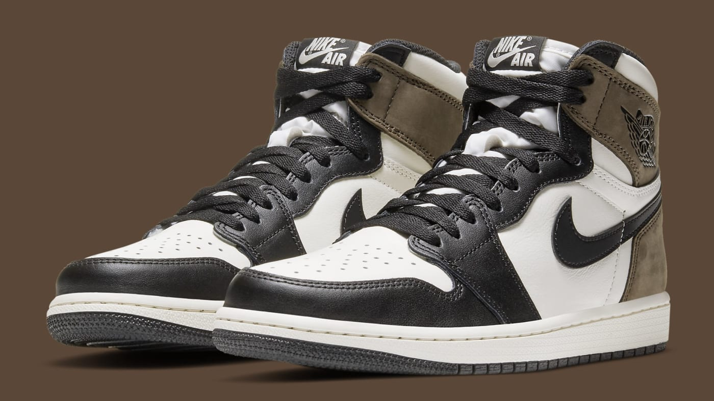 Air Jordan 1 Dark Mocha Release Date 555088 105 Pair