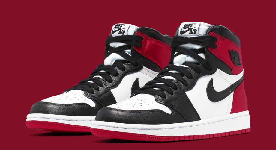 Air Jordan 1 Women's 'Satin Black Toe' CD0461-016 (Pair)