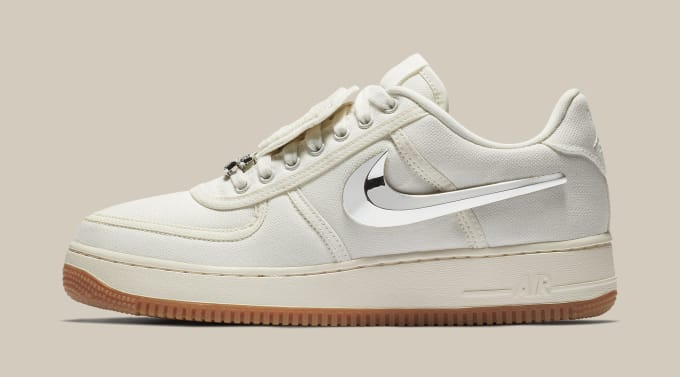 Travis Scott x Nike Air Force 1 Low 'Sail' AQ4211-101 (Lateral)