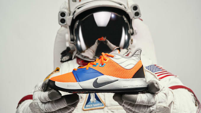 premium selection fdb3a 58e9a netherlands nike pg 3 nasa release date ci2666 800 astronaut hands 25613  a3931