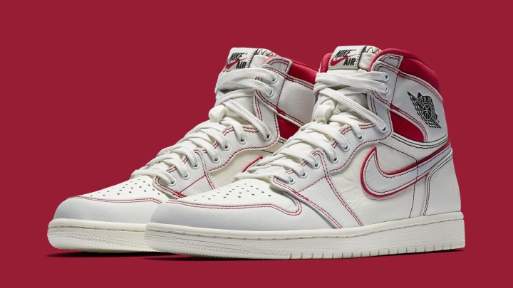 Air Jordan 1 'Sail/Black-Phantom-University Red' 555088-160 (Pair)