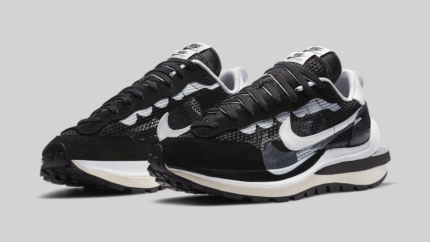 Sacai x Nike VaporWaffle 'Black' CV1363 001 Pair