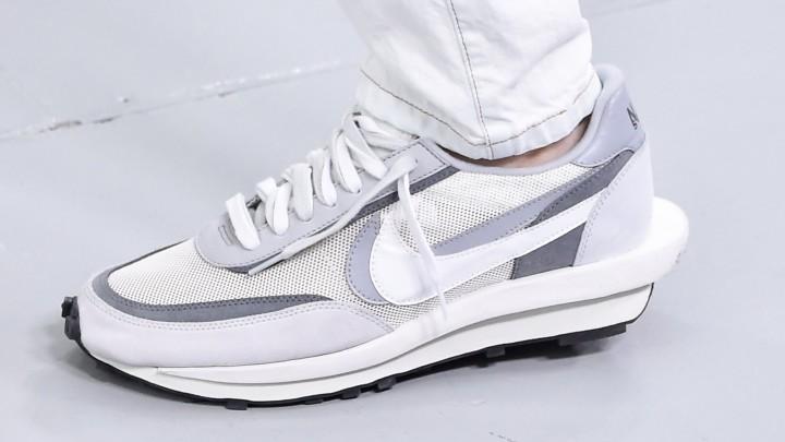 Nike WMNS CLASSIC CORTEZ sneakers hvid m. rød