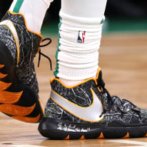 Kyrie Irving Nike Kyrie 5 Taco On-Foot