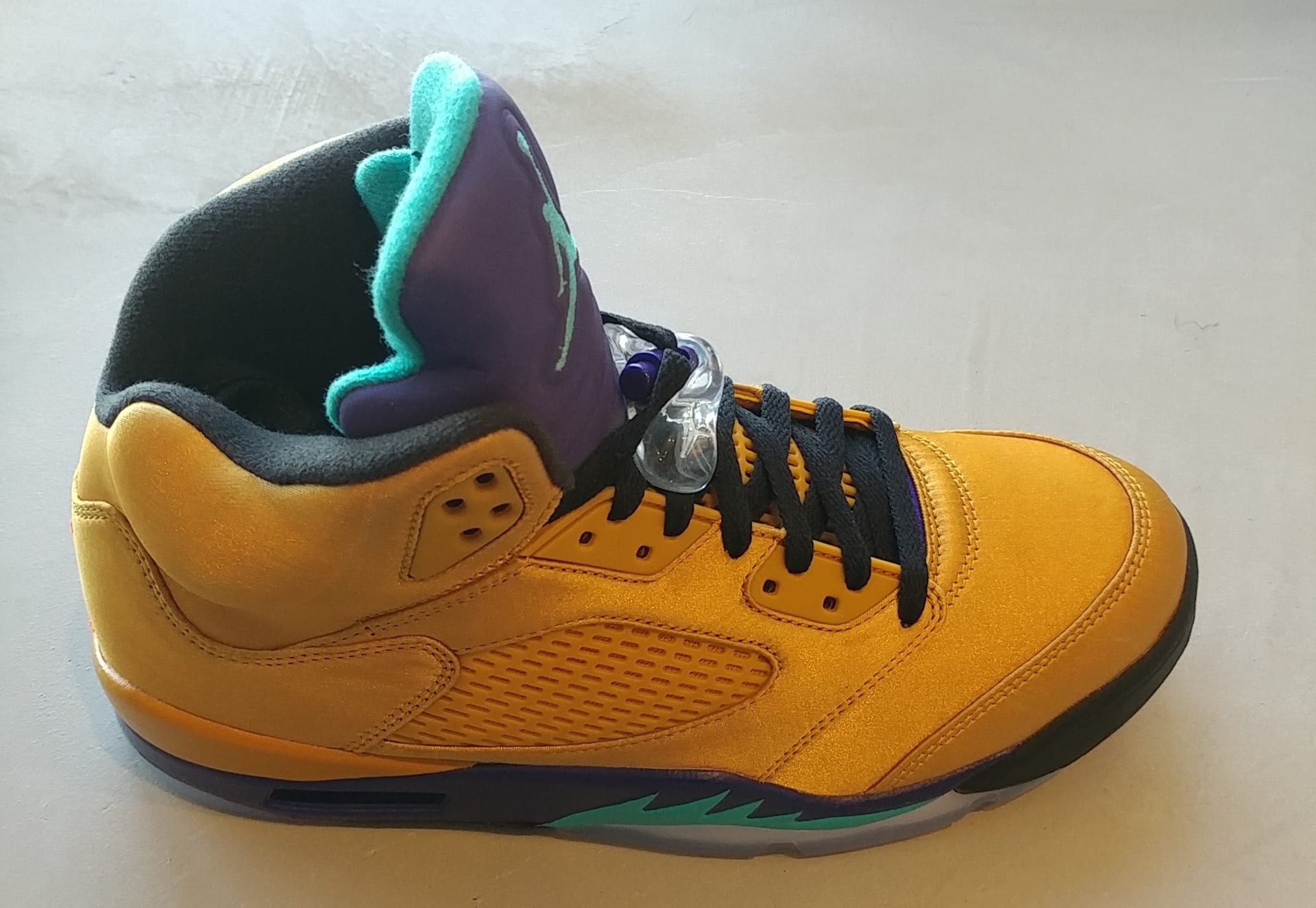 buy popular 4cfb5 fe52e Air Jordan 5 NRG  Fresh Prince  Friends and Family ...