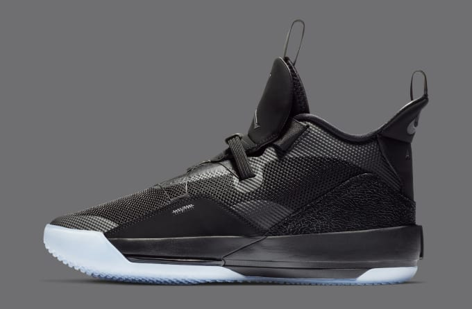Air Jordan 33 'Utility Blackout' AQ8830-002 (Lateral)