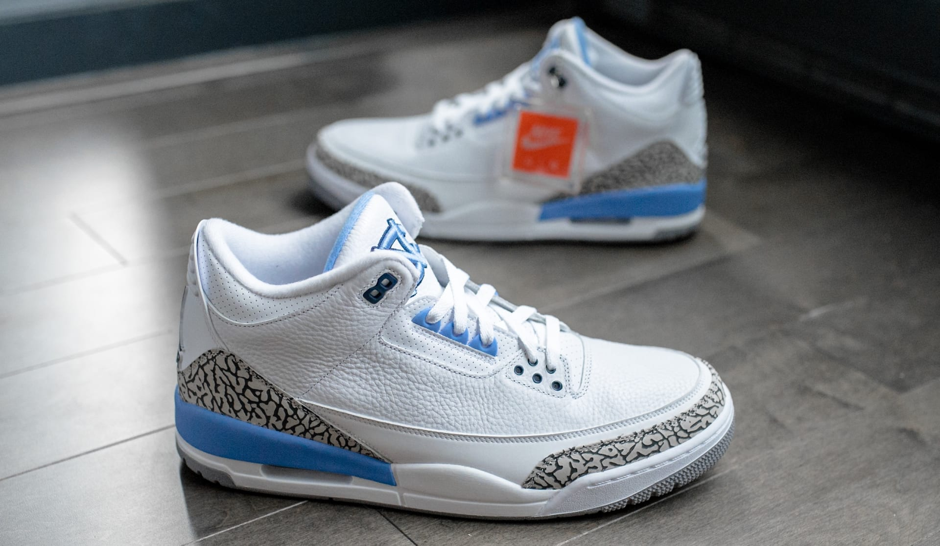 huge selection of cbf2a dad22 5. Air Jordan III Retro UNC PE