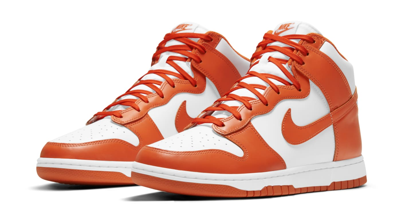 Nike Dunk High White/Orange Blaze Pair