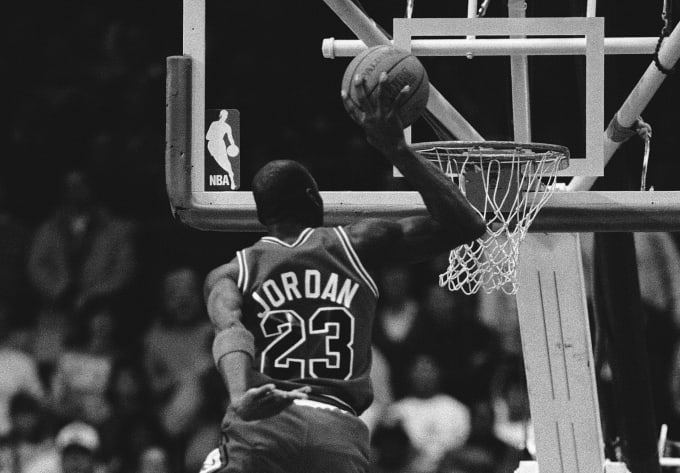 The Greatest Slam Dunks Of All Time