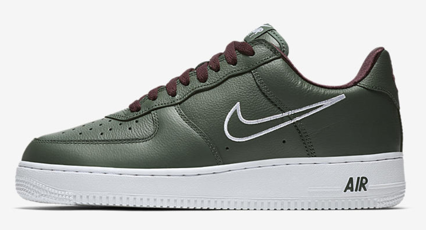 Nike Air Force 1 B 'Hong Kong' 845053-300 (Lateral)