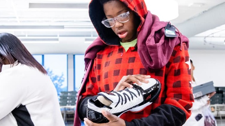 LeBron James Hooked up I Promise Students With Over 800 Sneakers