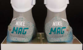 Auto-Lacing Nike Mag Auction (3)
