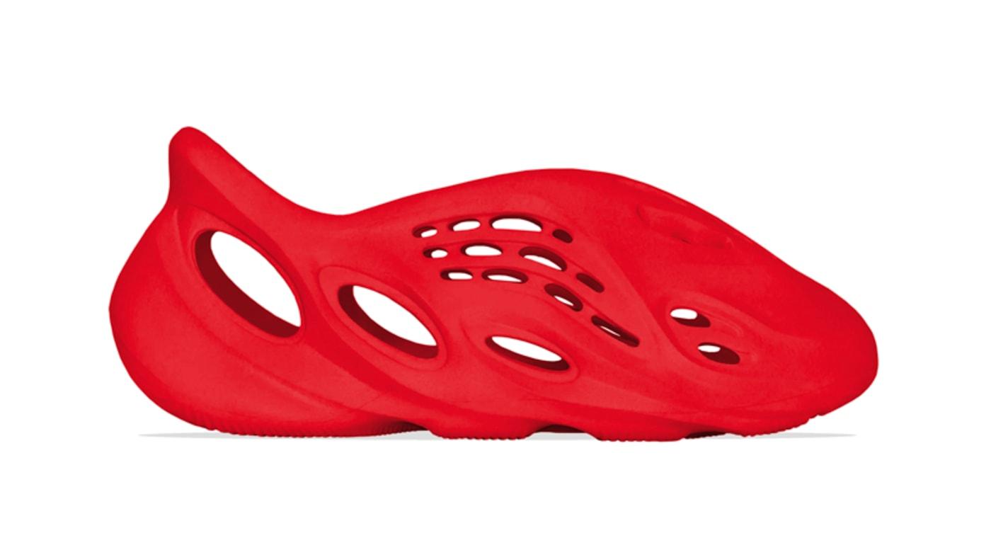 Mock-up Adidas Yeezy Foam Runner 'Vermilion'