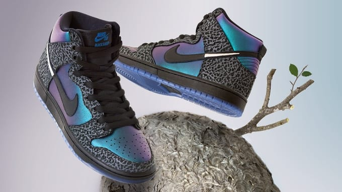 64a9aab58780 Black Sheep x Nike SB Dunk High  Black Hornet