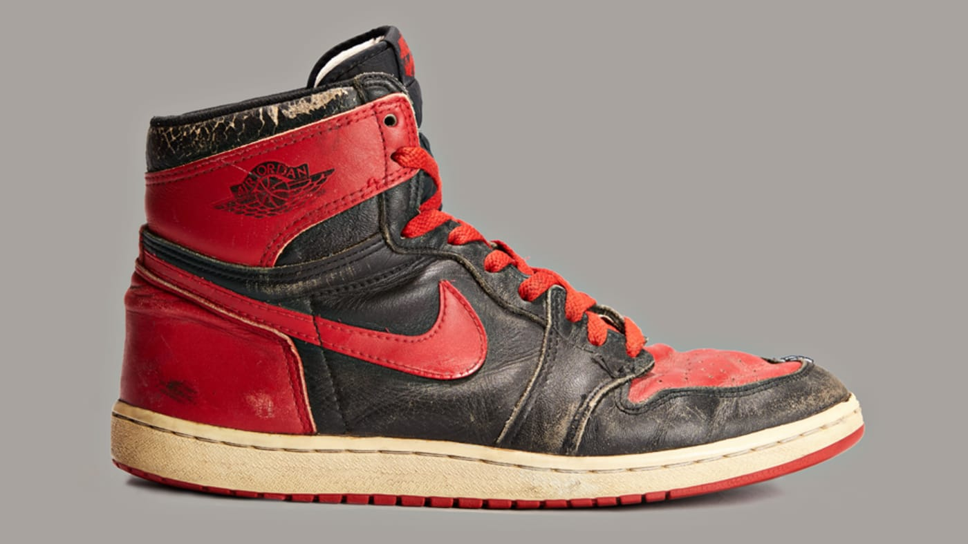 Banned Air Jordan 1 1985 vs. 2016 Comparison 1985