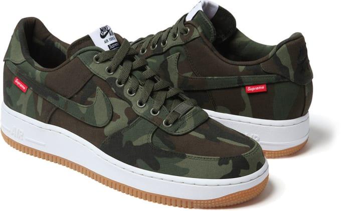 Supreme x Nike Air Force 1 Low (Camo)