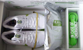 Nike Kyrie Mountain Dew K.A.R.E. Kit