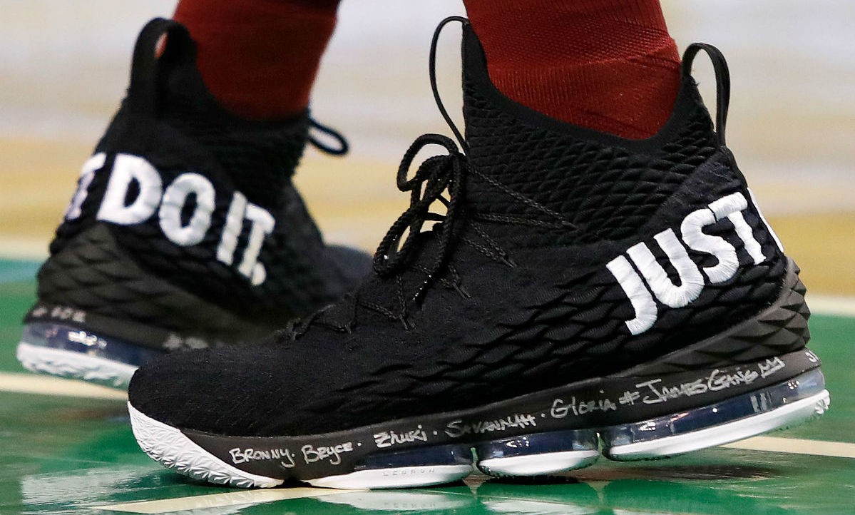 sports shoes 81640 1db02 LeBron James Wears 'Just Do It' Nike LeBron 15 in Game 1