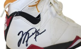 Michael Jordan Game-Worn Air Jordan 7 Cardinal Auction (2)
