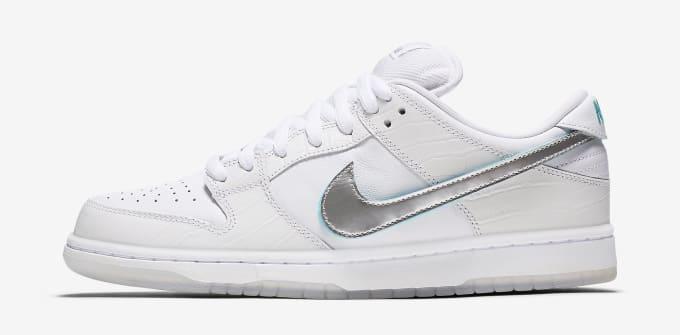pretty nice c0ea6 0d2b1 Nike SB Dunk Low White Diamond