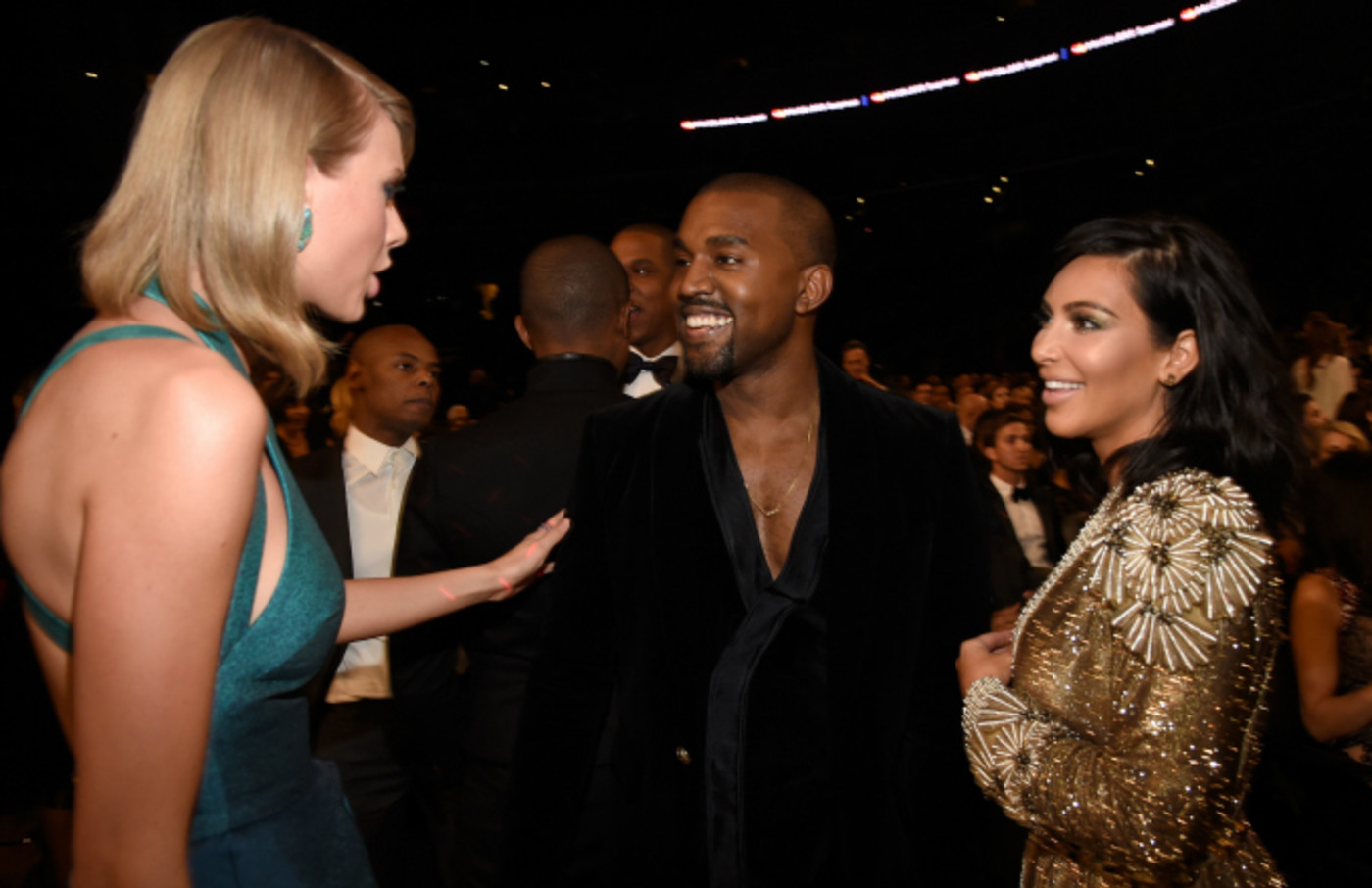 Kanye West And Kim Kardashian Reportedly Couldn T Care Less About Taylor Swift Diss Complex