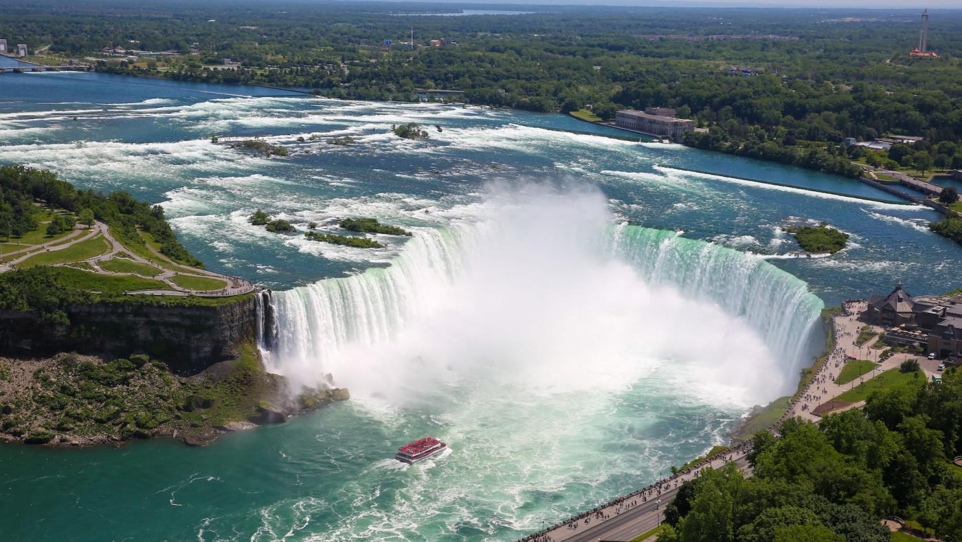 niagra-falls-covid