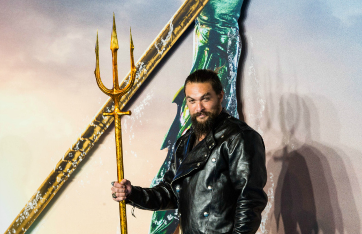 Jason Momoa attends the World Premiere of 'Aquaman'
