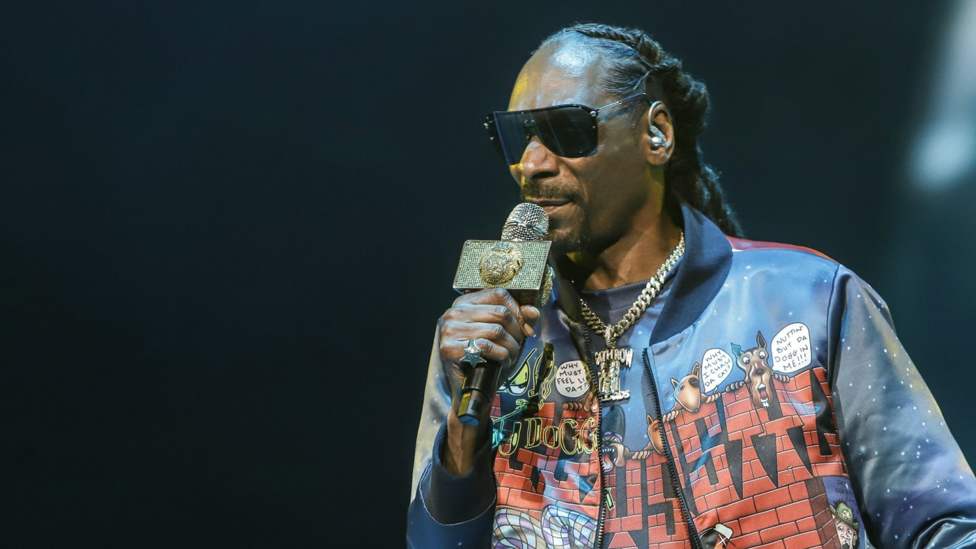 Snoop Dogg Slams People For Giving 6ix9ine Attention   Complex