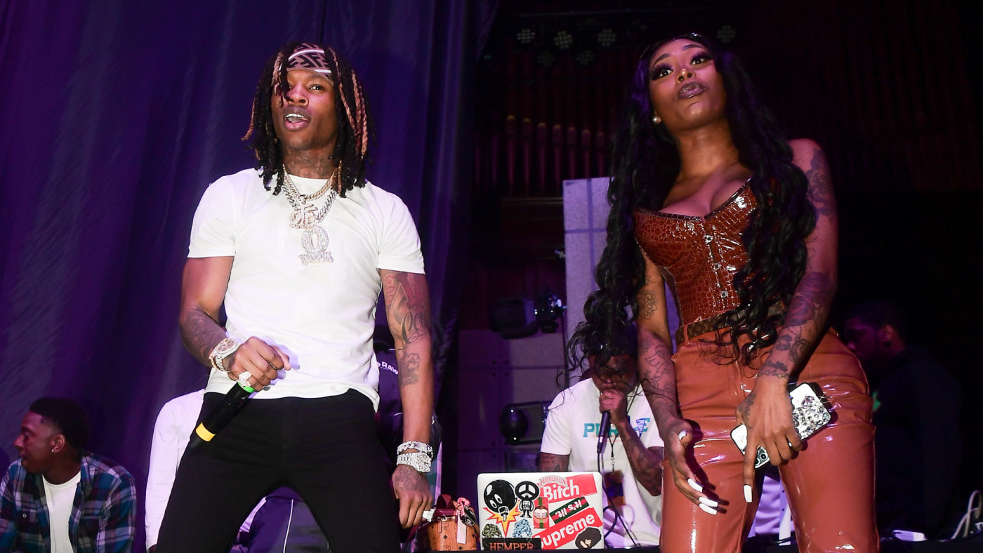Asian Doll and King Von performing