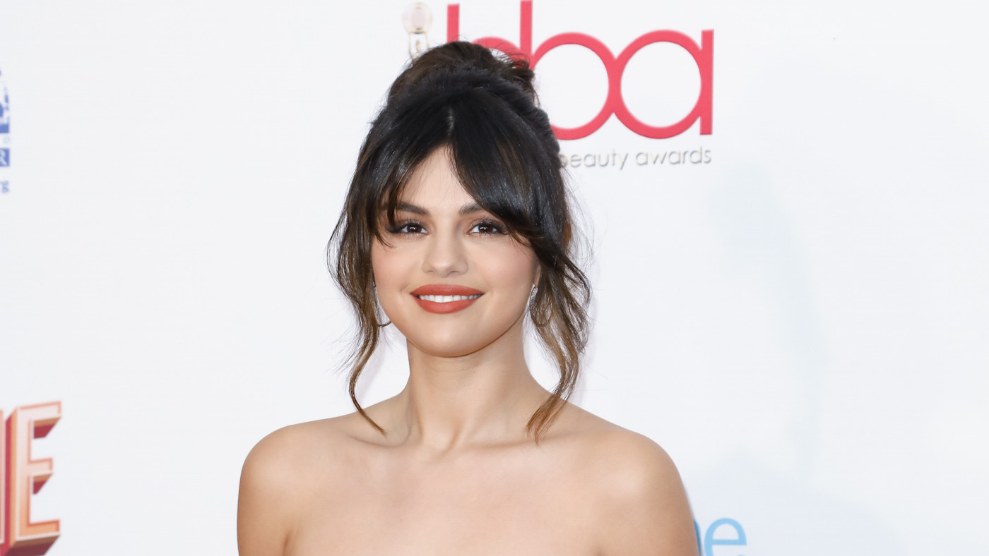 Selena Gomez attends the 2020 Hollywood Beauty Awards