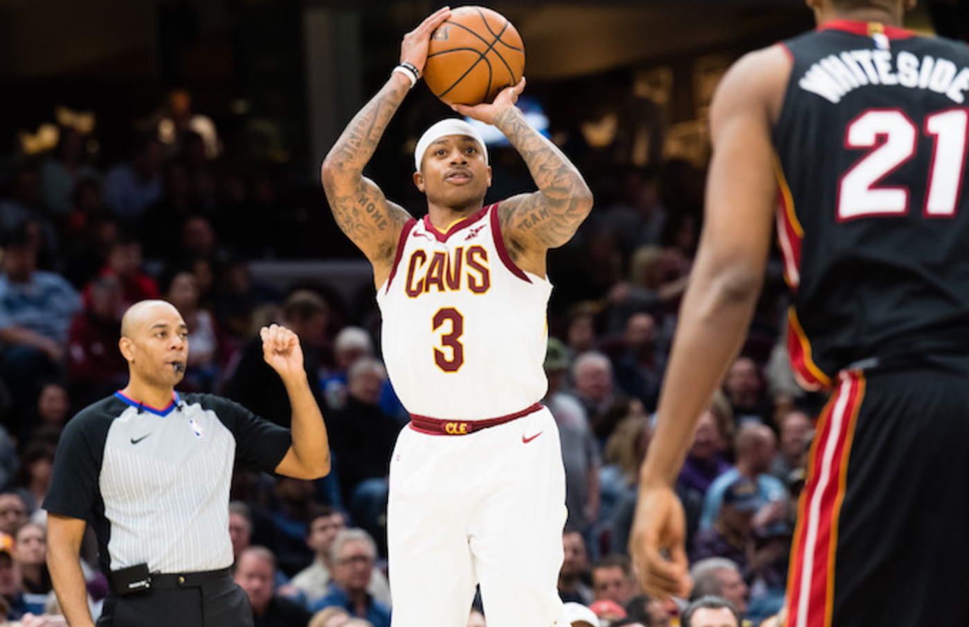 Isaiah Thomas shooting against the Heat.