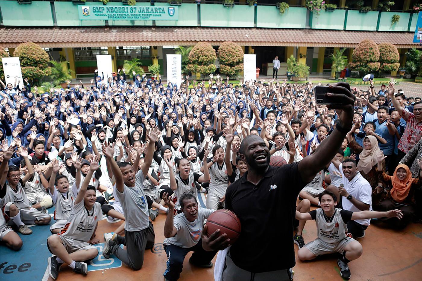 Jason Richardson at an NBA clinic in Jakarta Indonesia