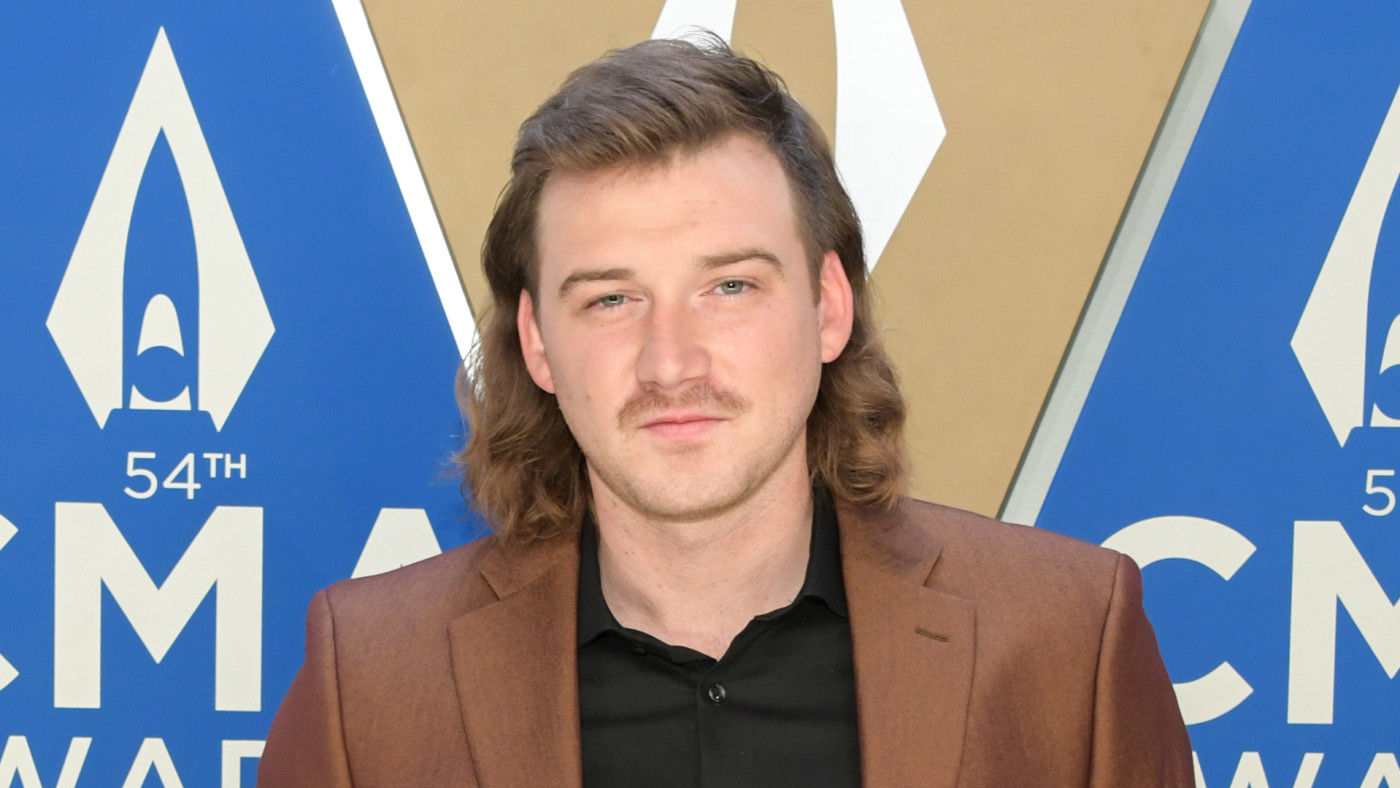 Morgan Wallen attends the 54th annual CMA Awards.