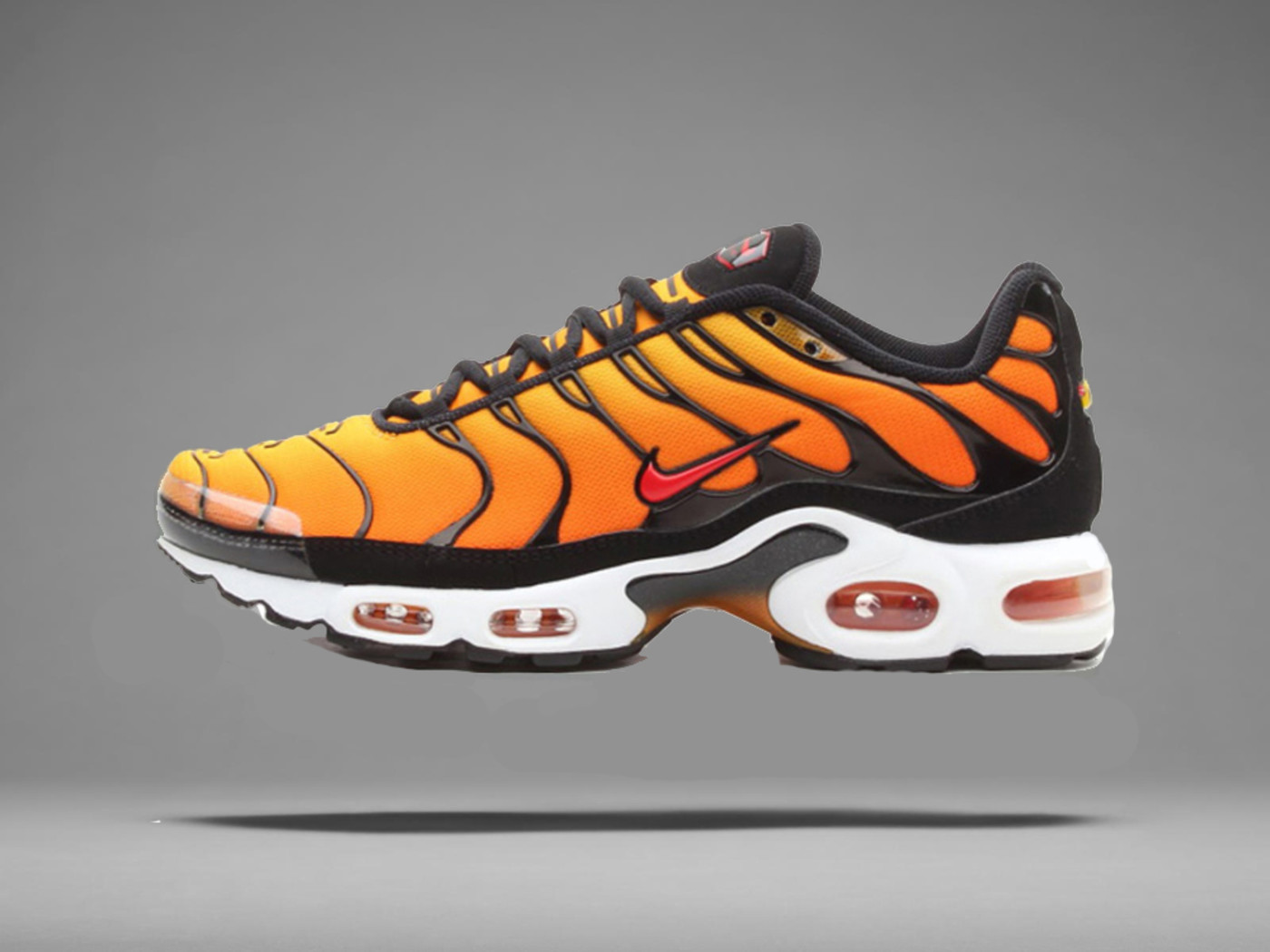 A Brief History Of The Nike Air Max Series - 1998 Nike Air Max TN Air Max Plus
