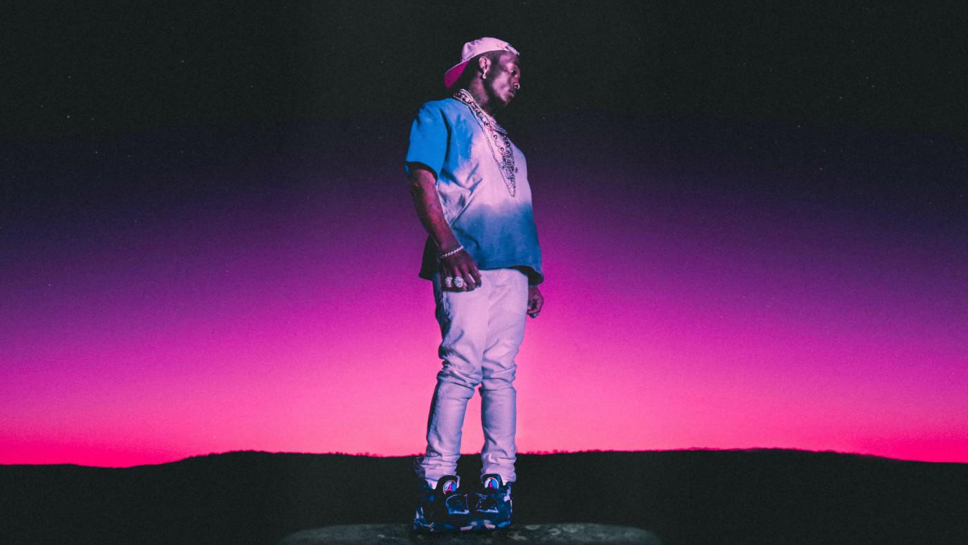 Lil Uzi Vert Previews New Song Amid Confusion Over Playboi Carti Tweets Complex Loop motion design design vj loop live wallpaper motion background background tunnel abstract wallpaper. lil uzi vert previews new song amid