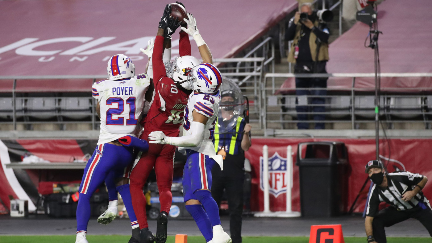 People React After DeAndre Hopkins Catches Kyler Murray Hail Mary | Complex