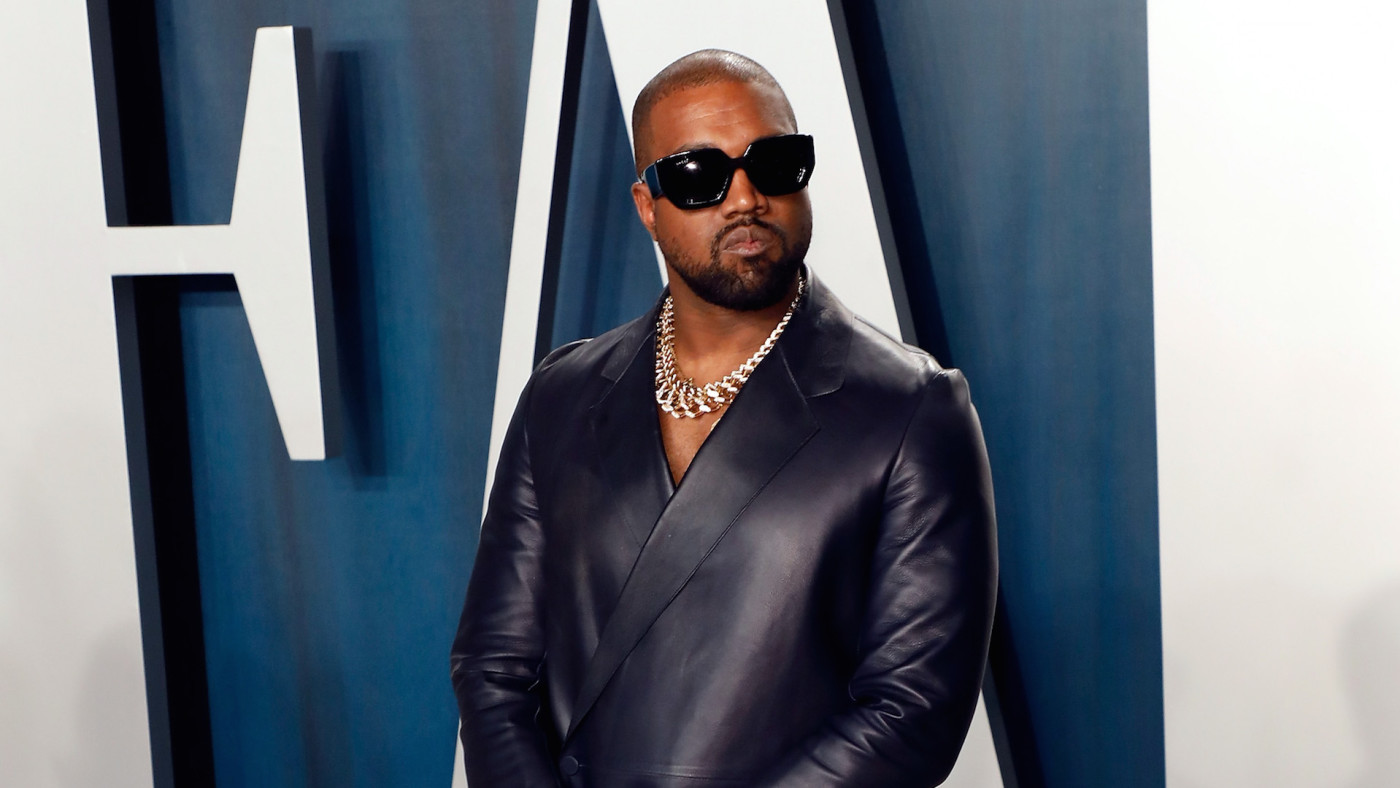 Kanye West attends the 2020 Vanity Fair Oscar Party