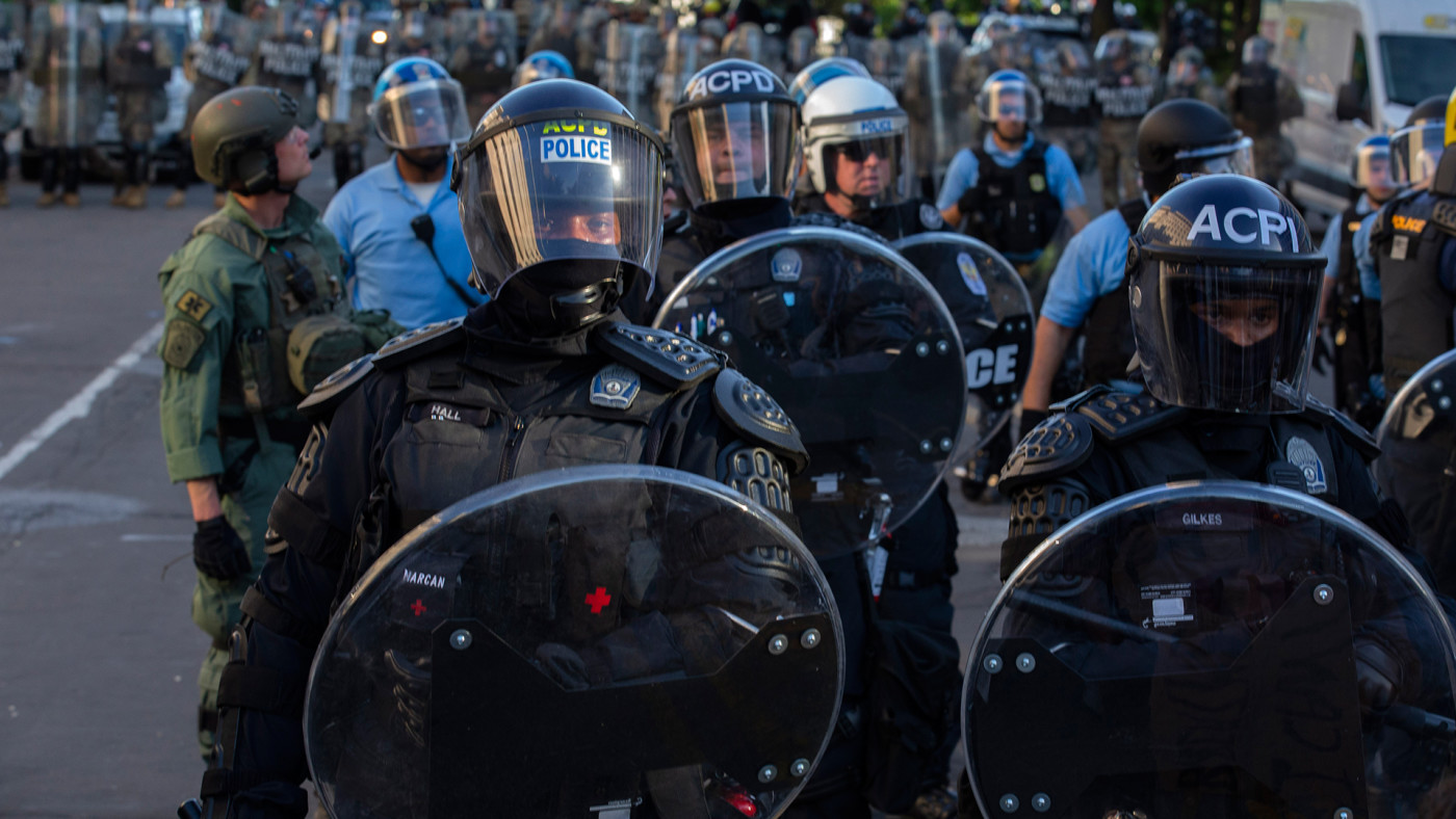 police-in-riot-gear