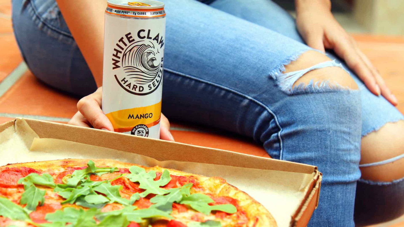 white-claw-pizza