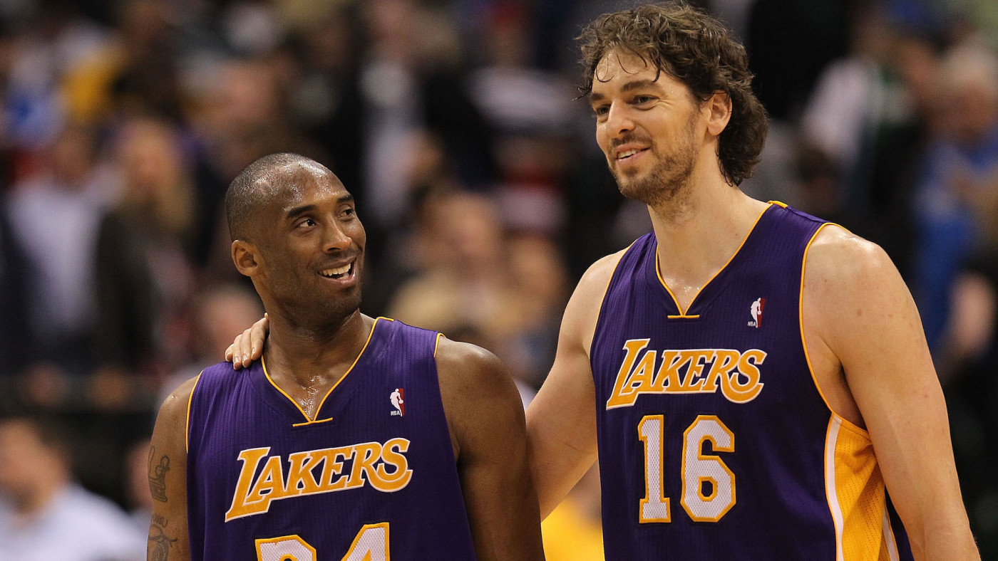 Kobe Bryant #24 and Pau Gasol #16