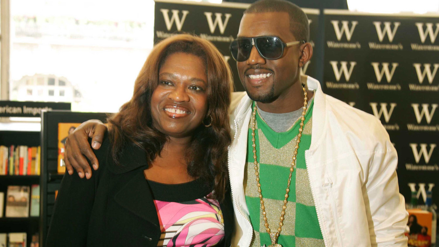 Kanye West poses for a picture with his mother, Donda.