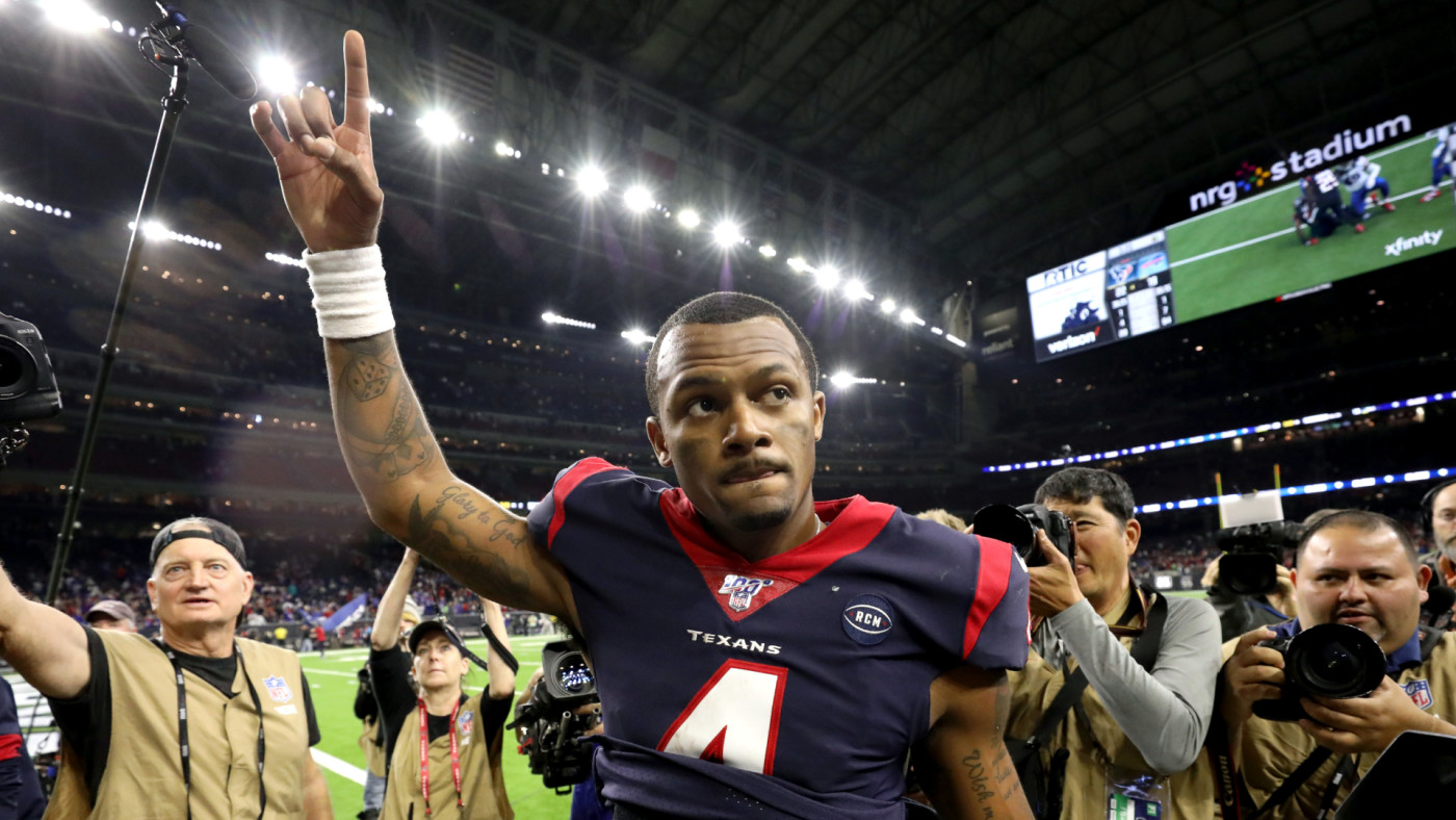 Deshaun Watson walks off the field following his teams 22-19 win against the Bills.