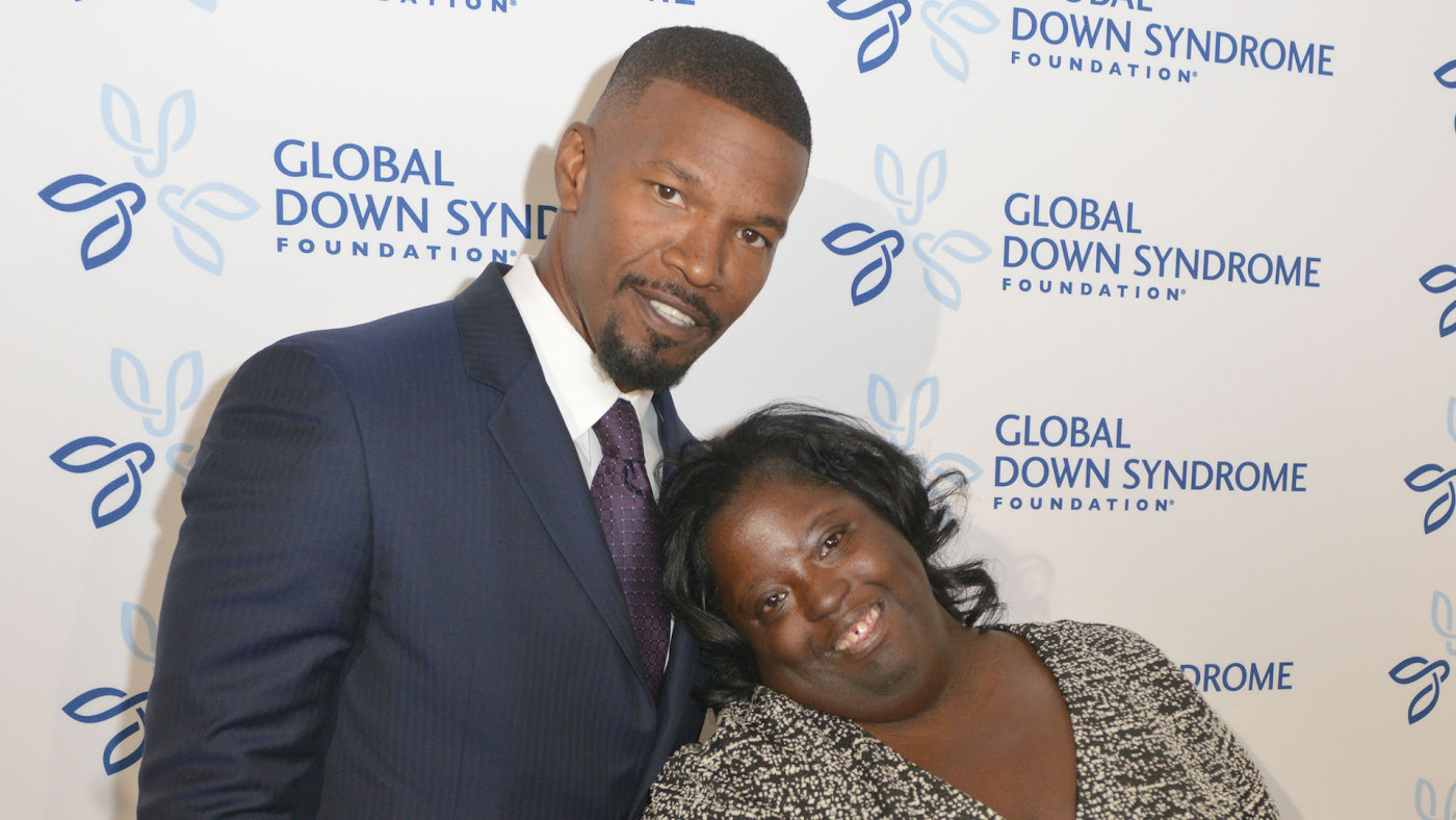Jamie Foxx with sister DeOndra Dixon at the Global Down Syndrome Foundation.