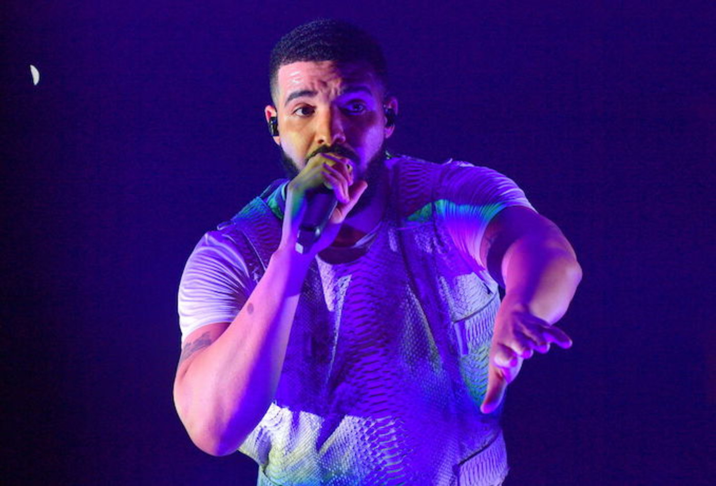 This is a picture of Drake.