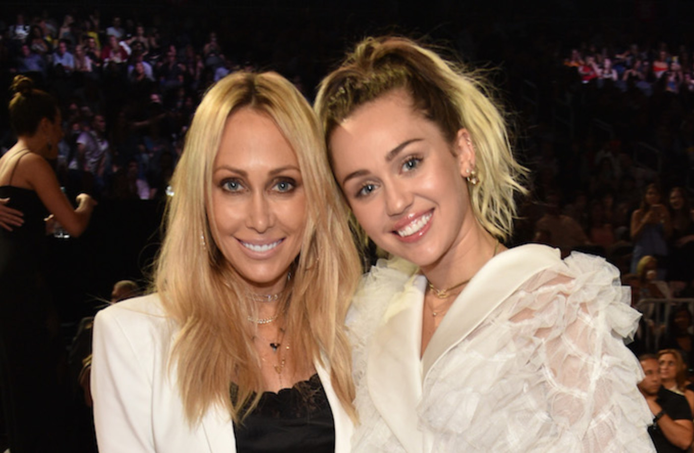 Tish and Miley Cyrus in Las Vegas