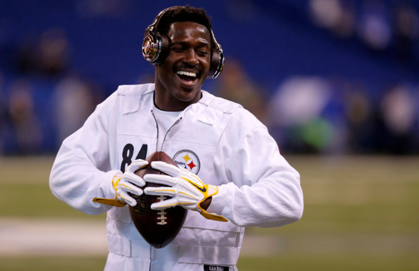 Antonio Brown prior to a Steelers/Colts game.