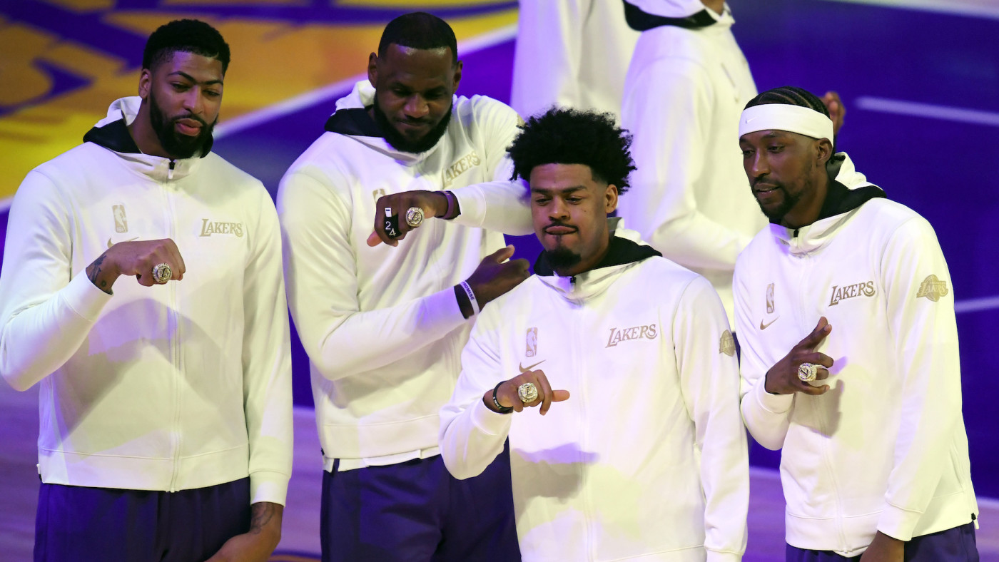 Los Angeles Lakers Championship Rings Feature Kobe Bryant Tribute Complex