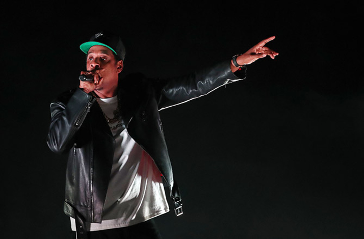 This a photo of Jay Z.